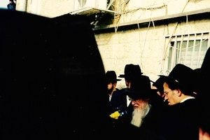 Rav Dovid Barkin being maspid